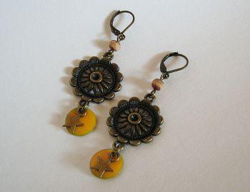 Boucles d'oreilles Marguerites  sequins jaunes