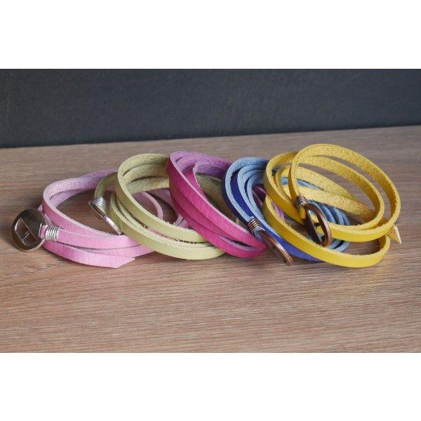 Bracelet cuir Fuchsia fin triple tour