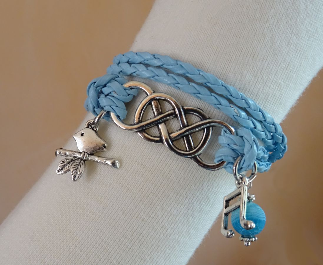 bracelet fantaisie bracelet double infini et double tour cuir tress bleu. Black Bedroom Furniture Sets. Home Design Ideas