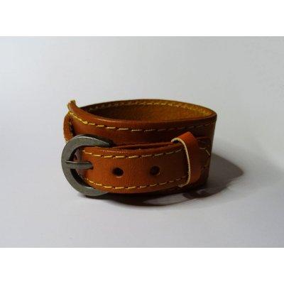 Bracelet de force homme en cuir camel gravé