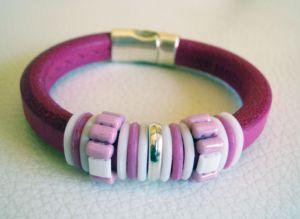 Bracelet cuir Regaliz et perles rose