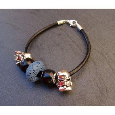 Bracelet perles Star wars sur cuir noir