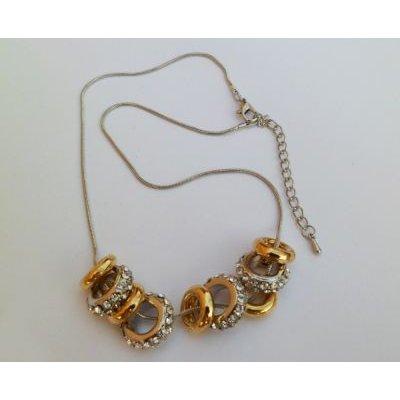 Collier aux anneaux argentées et dorés