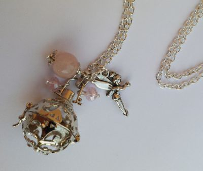 Bijou fantaisie collier pendentif boite parfum et breloques - Boite a bijoux pour collier ...