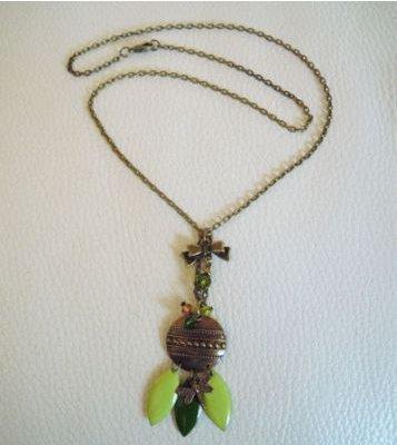 Collier pendentif indien Olive
