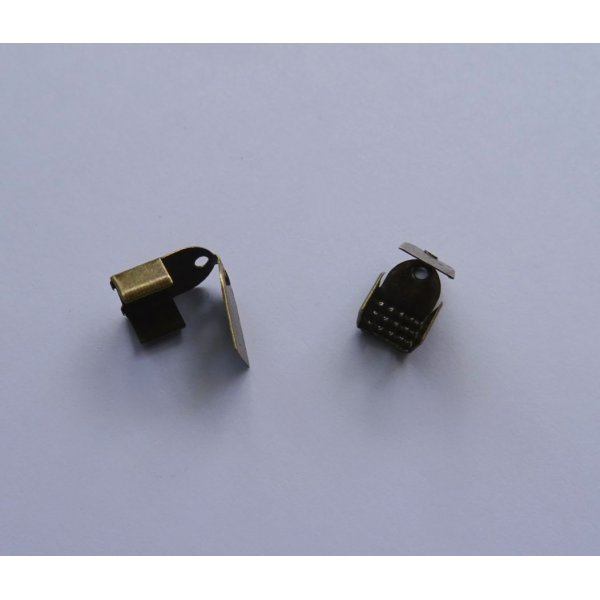 Embouts à rabat bronze 6 mm x 2