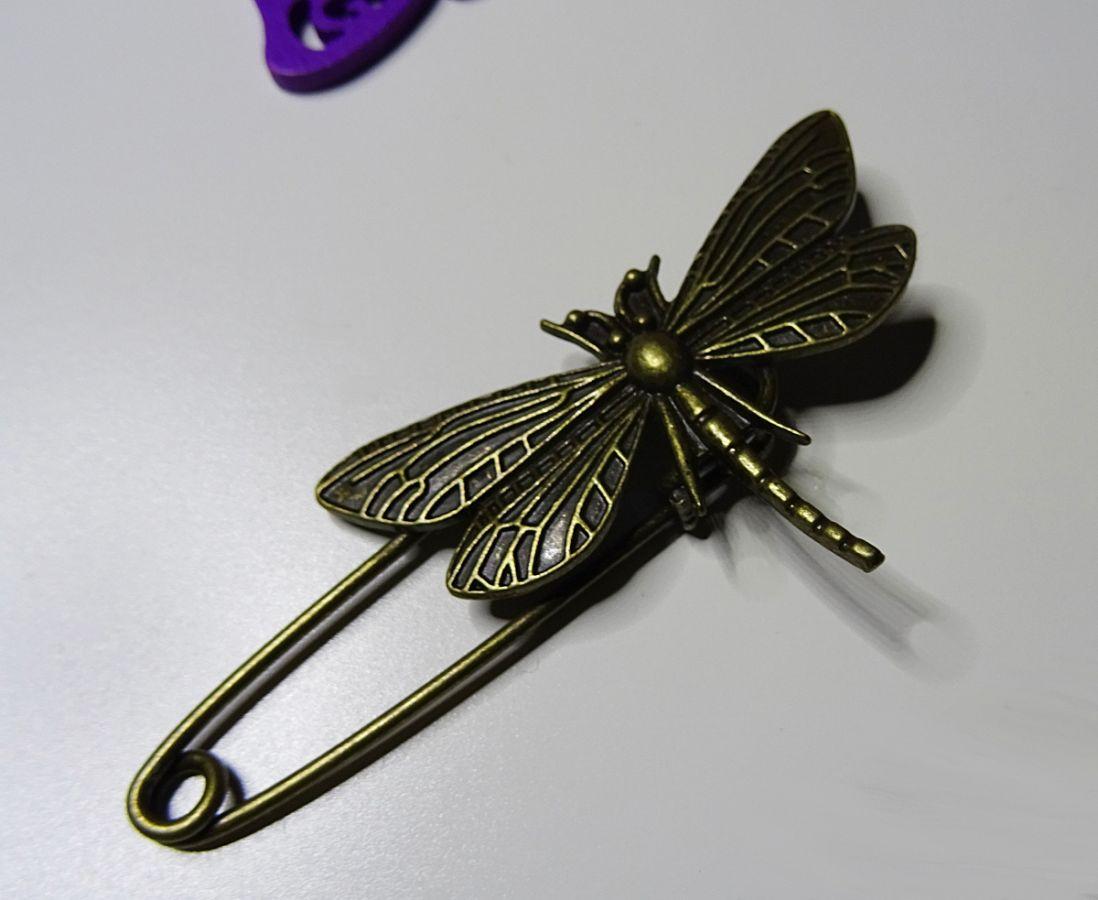 Epingle broche Libellule bronze vieilli