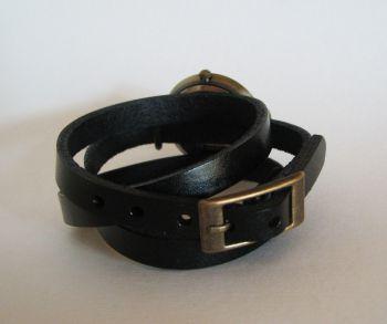 Montre bracelet cuir cadran rétro