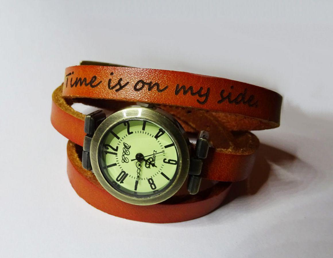 montre fantaisie montre bracelet cuir 3 tours phrase grav e. Black Bedroom Furniture Sets. Home Design Ideas