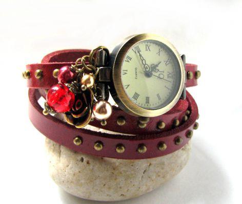 Montre bracelet cuir 3 tours Pourpre rivets perles