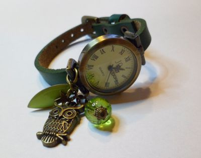 Montre bracelet cuir vert Chouette et sequin