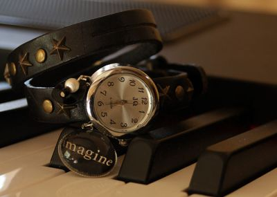 montres bracelet double cuir. Black Bedroom Furniture Sets. Home Design Ideas