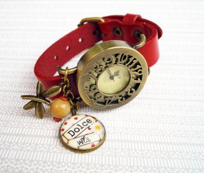 Montre rétro cuir rouge Cabochon loupe et papillon