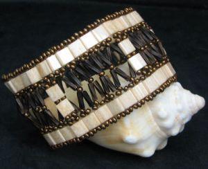 Notice de bracelet Tila twist à fenêtres beige