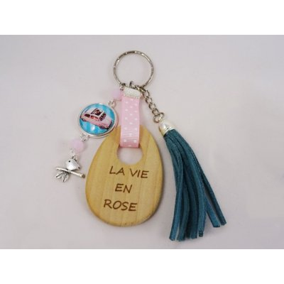 Porte-clé message gravé cabochon Rose et pompon