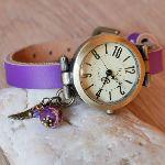 Montre fille bracelet cuir Violet charme aile d'ange