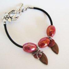 Bracelet perles Céramique rouges sur cuir noir