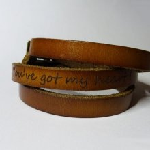 Bracelet cuir 3 tours gravé à personnaliser