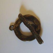 Fermoir en T Anneau martelé 20 mm Bronze