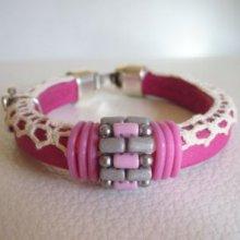 Bracelet en kit cuir Regaliz, dentelle et perles