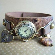 Montre bracelet large cuir marron breloques Ange et pierre