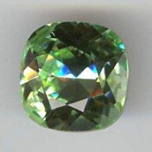 Cabochon swarovski carré 12mm chrysolite